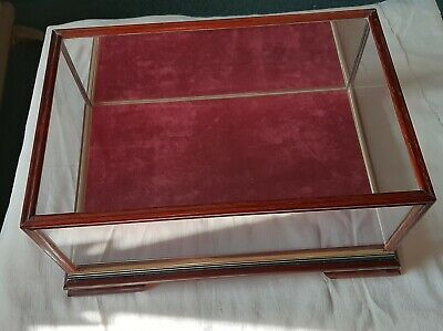 Glass Display Case, Wooden Frame, Suit Model Car, Silver Or Other Collectable • 20£