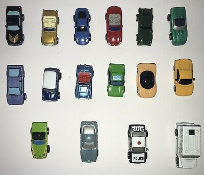 Micro Machines Job Lot Of 32 Vehicles And Accessories. • 9.38£