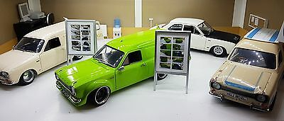 1/18 Scale Diorama Hinged Display Board Garage Showroom • 16.50£