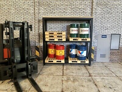 1/18 Scale Pallet Racking With Pallets • 38£