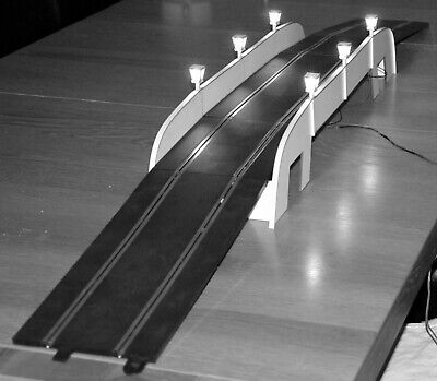 1:32 Scale Grand Bridge With Lights Kit - For Scalextric/Static Layouts • 52£