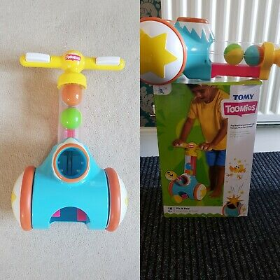 TOMY  Pic And Pop Walker Toy With Ball Launcher/Cannon.  • 5£