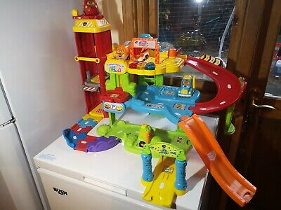 Vtech Toot Toot Drivers Garage With Extra Vehicles  • 22£