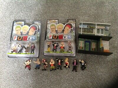 Micro Icons Punks ,possible Scenery Scalextric Etc  • 4£