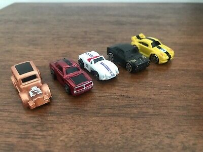 5 Small Plastic Toy Cars • 0.85£