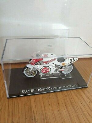 1-24 Scale Motorcycle Model • 2.10£