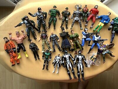Job Lot Of Mixed Toy Figures • 3£