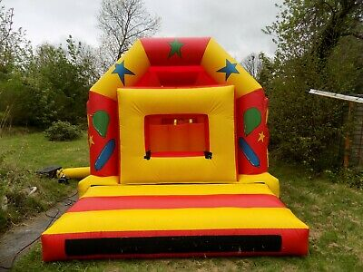 Bouncy Castle 42ft Obstacle Course • 450£