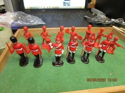 Job Lot Vintage Crescent / Kelloggs Scots Guards Band & Lifeguards 1/32 Scale  • 8.95£