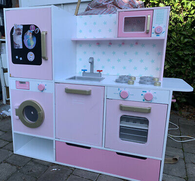 Children's Play Kitchen • 50£
