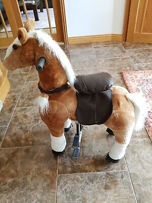 Child's Moving Horse Riding Toy • 40£