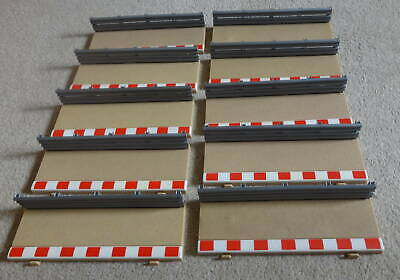 Scalextric 10 X Half Straight Track Borders & Barriers  C8223 & L8681  • 9.95£
