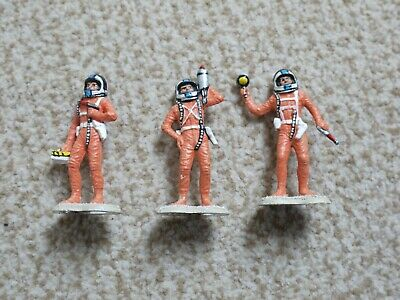 Three Spacemen Painted • 0.99£