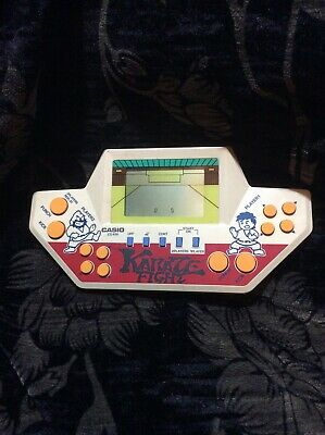 Casio Karate Fight. Handheld Game • 17£