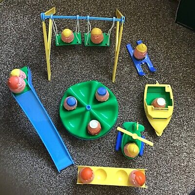 WEEBLES VINTAGE 1970s PLAYGROUND AND FIGURES • 29.99£