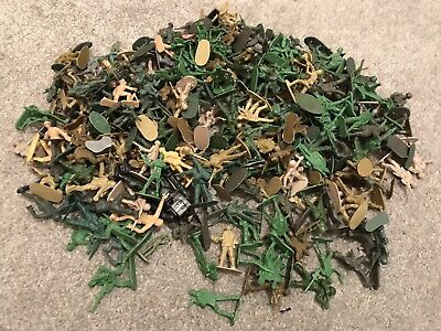 Bags Of Assorted Plastic Army Men / Toy Soldiers / Cake Toppers X65 Plus Toys • 9£