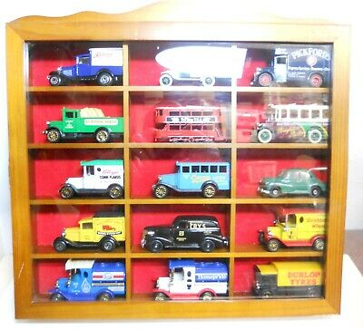 Assorted Collection Of  15 Die-Cast Vehicles In Wooden Display Case • 10.50£
