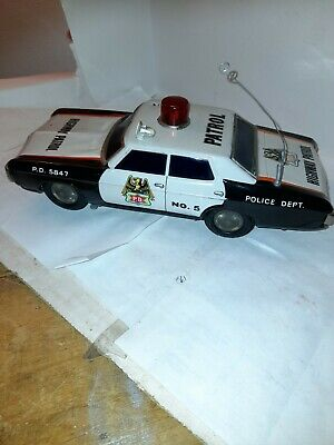 Great Vintage Friction Tinplate Police Car Battery  • 45£