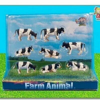 Pack Of 8 Cows • 7.99£
