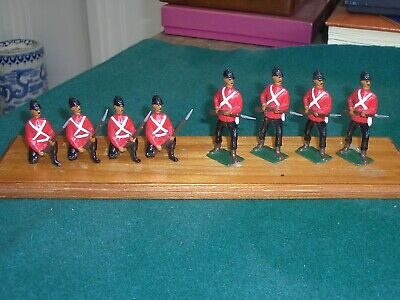 Lead Toy Soldiers • 29£