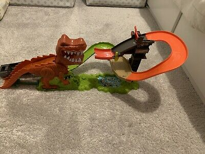 Hot Wheels T-Rex Car Ramp Set • 5.50£