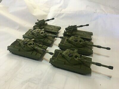 Dinky Toys 4 CHIEFTAIN TANK 2 SELF PROPELLED GUNS + 1 CHIEFTAIN POOR • 24£