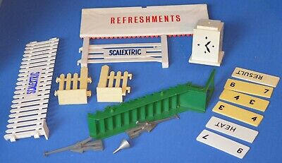 Vintage Scalextric Accessories/Oddments • 6.50£
