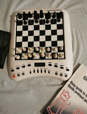 Electronic Chess Game • 12£