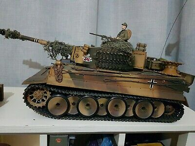 Henglong 1/16 Tiger.full Custom Paint.metal Tracks And Drive Wheels.loads Of Ext • 170£