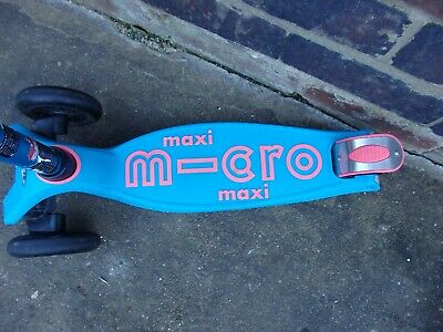 Micro Maxi Deluxe Scooter 5-12 Years, Aqua, Pink • 29.99£