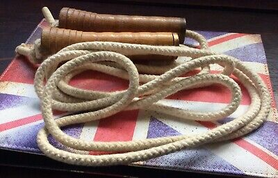 Vintage Collectable Skipping Rope  • 5£
