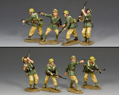 KING AND COUNTRY Attacking AK Combat Team German WW2 AK130 • 196.95£