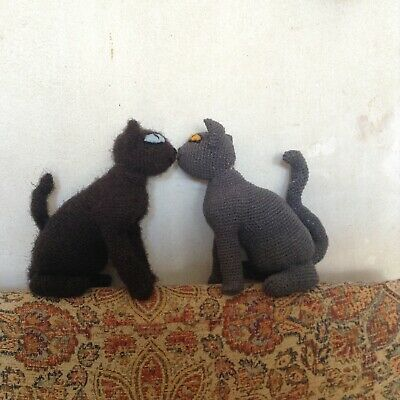 2 Handknitted Quirky Unusual Soft Toy Cats • 13.99£