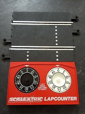 Scalextric Classic Lap Counter C272. Tested, Cleaned, Nice Refurbed Shiny Rails. • 2.50£