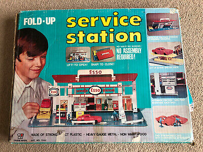 Vintage Fold Up ESSO Service Station With Box, Wooden Garage Toy, Petroliana. • 74.99£