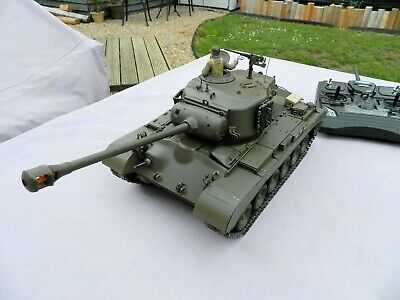 1/16th M26 U.S Medium Tank - Pershing. Working Order With 6 Channel Transmitter • 275£