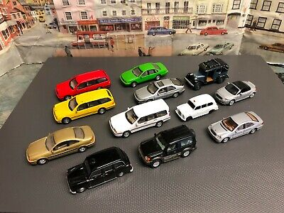 Bundle Of Small Scale Die Cast Cars  • 12£