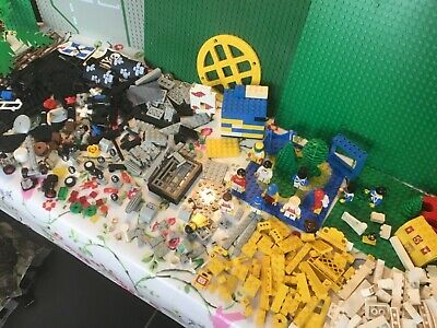 Collection Of Lego Pieces With Base Boards • 1.99£
