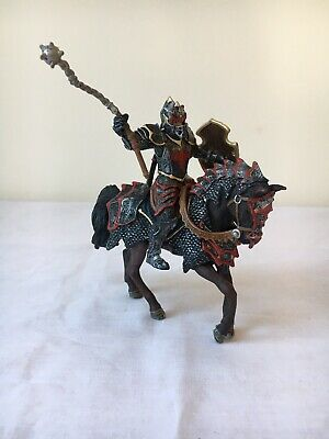 Schleich Dragon Knight With Horse And Flail Red - Retired - Magnetic • 16.99£
