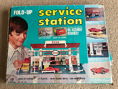 Vintage Fold Up ESSO Service Station With Box, Wooden Garage Toy, Petroliana. • 69.99£