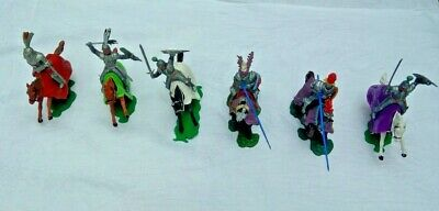 TIMPO TOYS CRUSADER MOUNTED KNIGHTS, KNIGHTS AND OTHER FIGURES (25 In Total)  • 50£