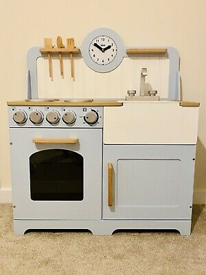 Tildo Wooden Country Play Kitchen £125 - Excellent Condition • 40£