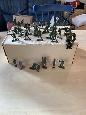 Army Of Toy Soldiers • 1.60£