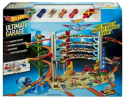 Hot Wheels CMP80 Ultimate Garage Set - Excellent Condition • 30£