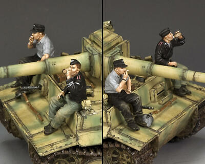 KING AND COUNTRY Relaxing Panzer Crewmen - German WW2 WS354 • 86.95£