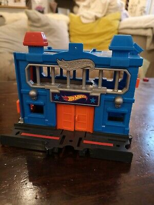 Hot Wheels City Downtown Police Station Breakout  • 3.50£