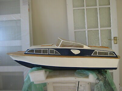 Precedent Huntsman 31 Scale Model Of Fairy's High Speed Of-shore Cruiser  • 75£