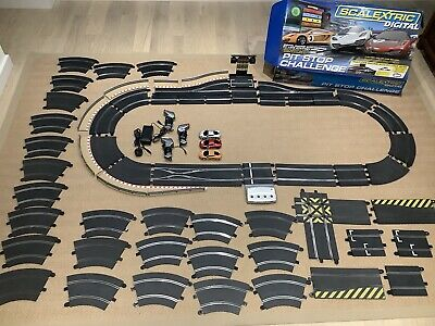 Scalextric Digital C1296 Pit Stop Challenge 1:32 Scale • 77£