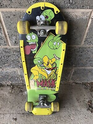 SPECIAL EDITION THE MASK SKATE BOARD Only Been Used Three Times. • 20£