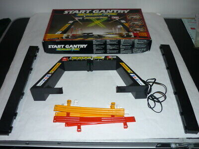 Scalextric Classic Start  Gantry With Working Lights  C209 Boxed 1990's • 30£